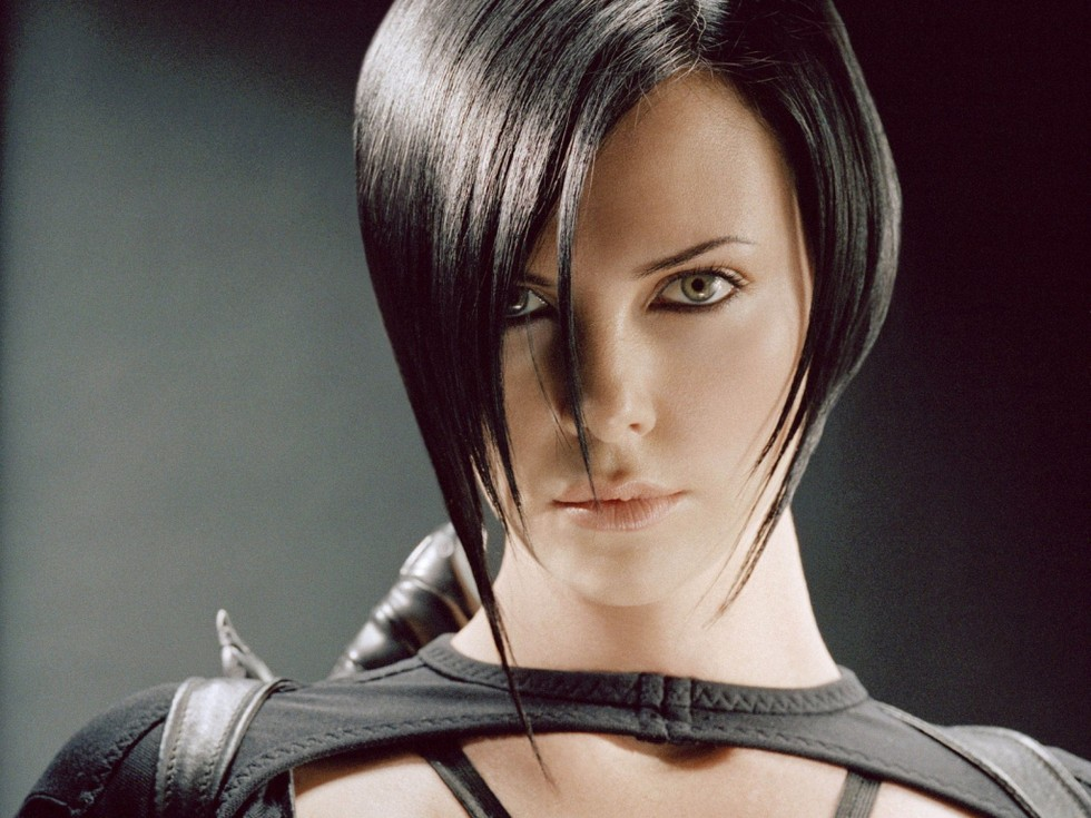 Charlize theron haircut
